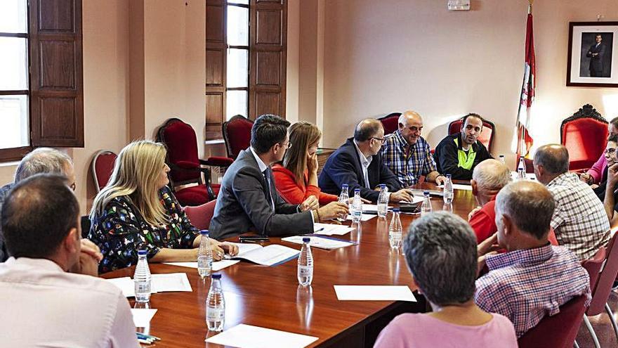 Unidad entre los alcaldes del Vino para exigir la reapertura de los consultorios médicos