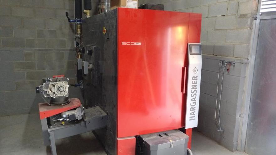 Figueres instal·la una caldera de biomassa a l'escola Salvador Dalí