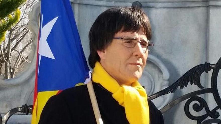 La Policía acude a detener a Joaquín Reyes cuando interpretaba a Puigdemont