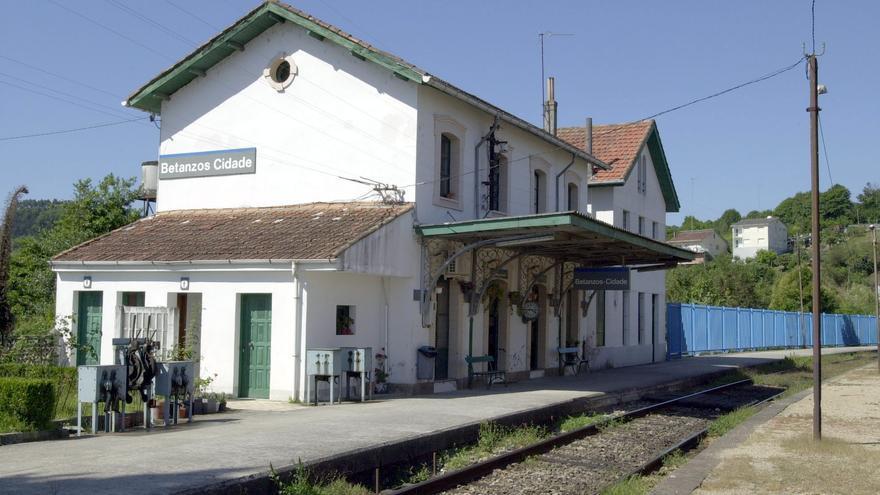 Bajar el tiempo de viaje en tren A Coruña-Ferrol a 35 minutos costaría 730 millones
