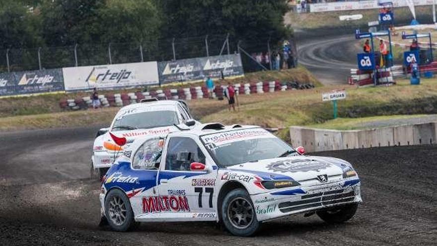 Álex Riveiro participa este fin de semana en el Autocross Arteixo