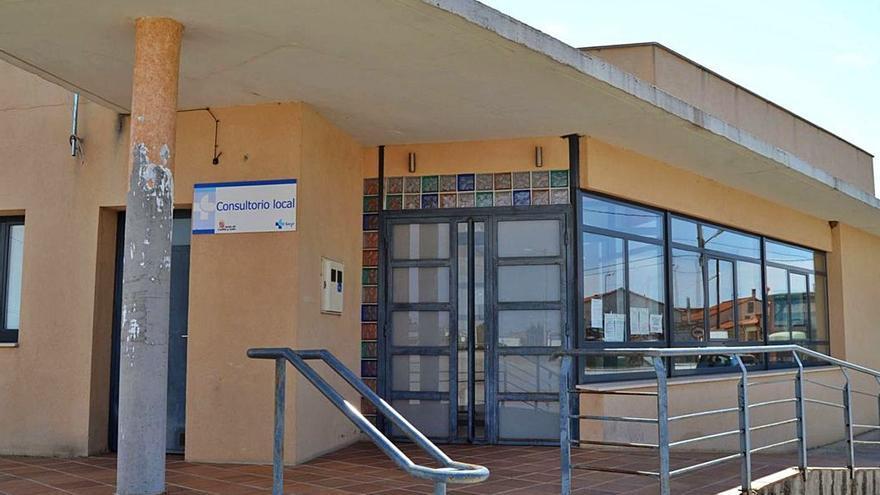Los vecinos de Roales exigen la apertura del consultorio, que ya tiene teléfono