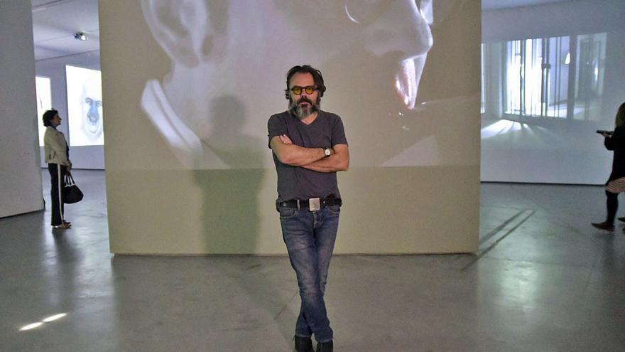 Bernardí Roig: «El arte es un baluarte de resistencia a la idiotez algorítmica»