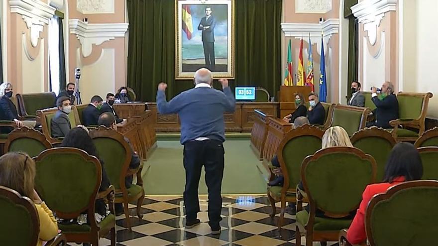 """Lío en el pleno de Castelló: """"Açò és vergonyós"""""""