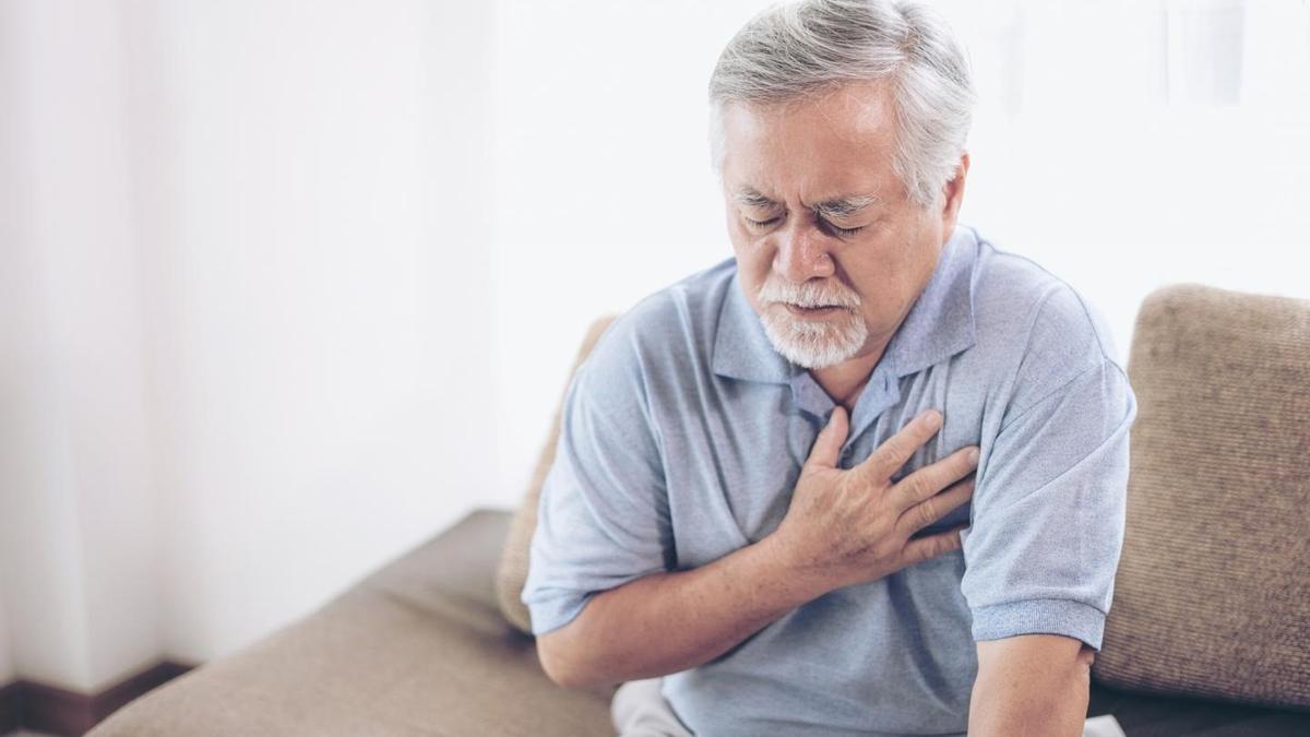 Dolor en el pecho ante un infarto.