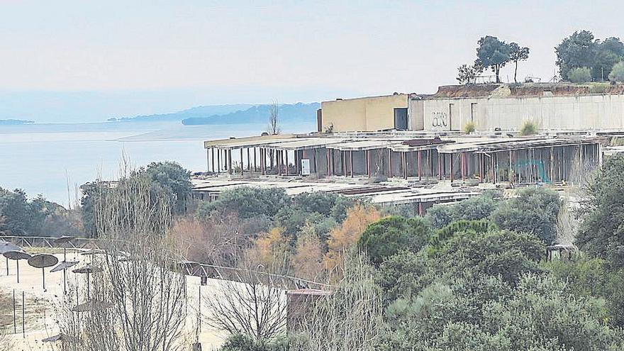 El TSJEx exime a la Junta de indemnizar a la promotora de un hotel en el complejo de Valdecañas