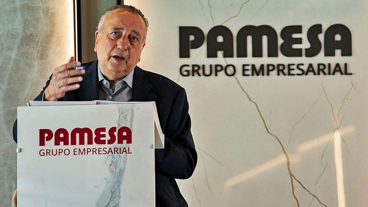 Fernando Roig, presidente de Grupo Pamesa, en la rueda de prensa de ayer. | LEVANTE-EMV