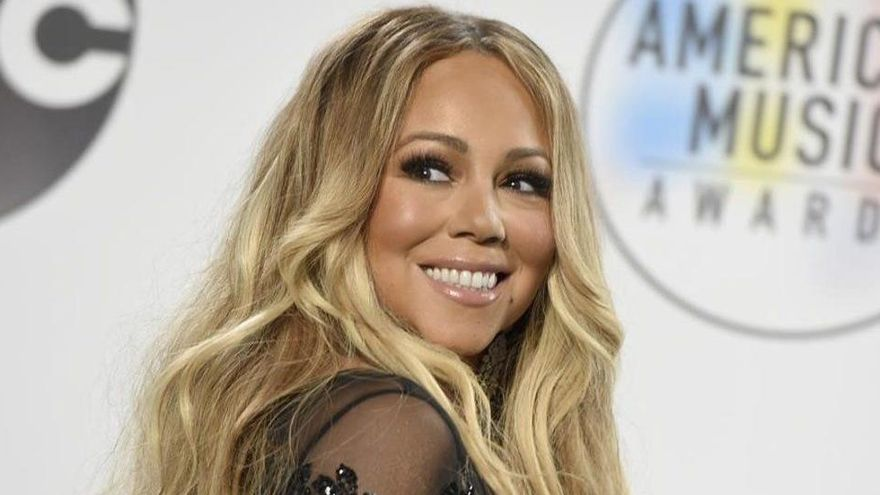 Mariah Carey, denunciada por su hermana por secretos revelados en su biografía