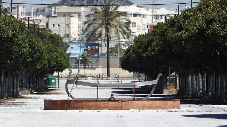 Un paseo por el Cortijo de Torres con el debate de celebración de la Feria fondo