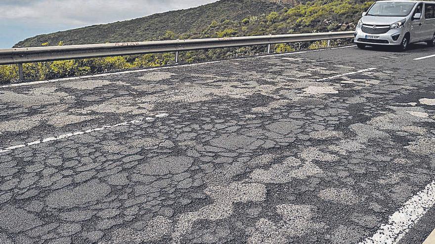 El Cabildo destina 1,5 millones de euros a rehabilitar la vía del Roque a La Escalona
