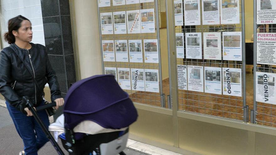 El precio de la vivienda usada en Alicante se acelera y cierra el año con una subida del 6,4%