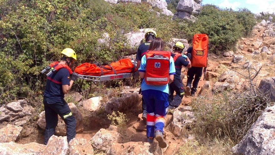 Rescatada y trasladada al hospital una senderista herida tras sufrir una caída en Árchez
