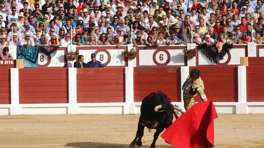 Podemos propone una consulta en Gijón sobre las corridas de toros
