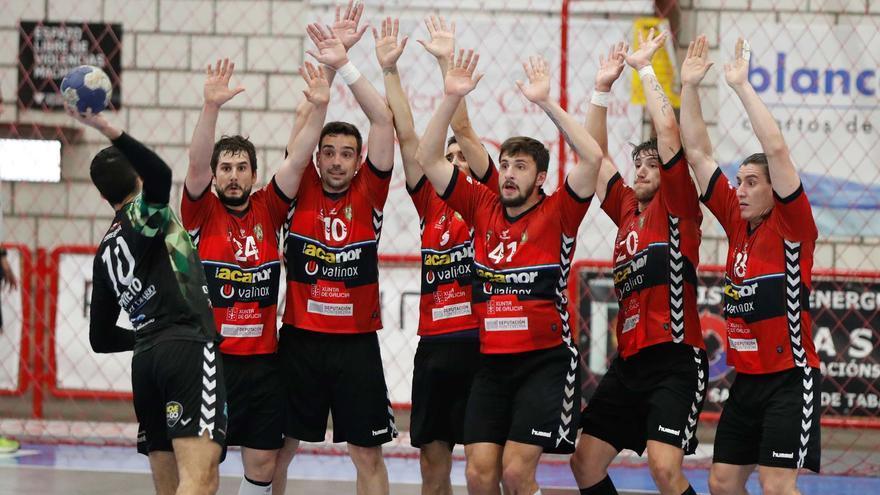 Gran partido del Atlético Novás  ante el Bathc Torrelavega