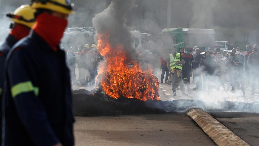 Los sindicatos piden que el despido de más de 500 trabajadores de Alcoa sea nulo