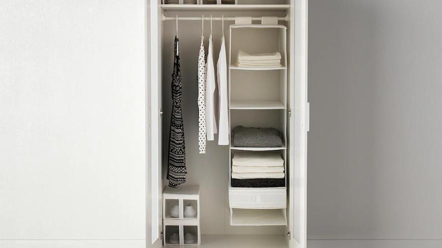 Cuatro accesorios de Ikea para que tus armarios estén siempre ordenados