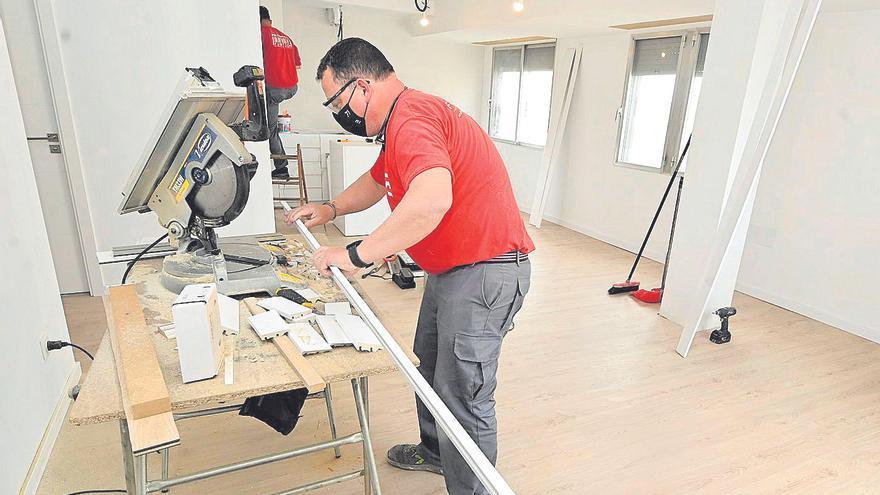El furor por las reformas en el hogar desborda a las empresas de Castellón