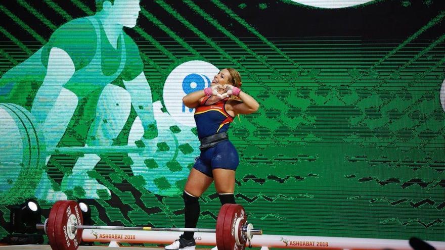 Lydia Valentín, medalla de oro en el Mundial de halterofilia