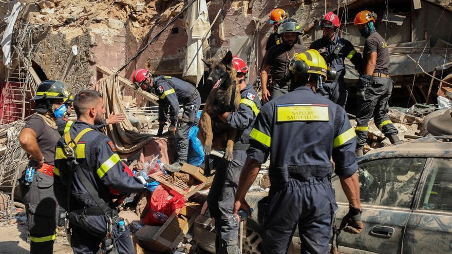 El govern del Líban dimiteix en bloc sis dies després de l'explosió de Beirut