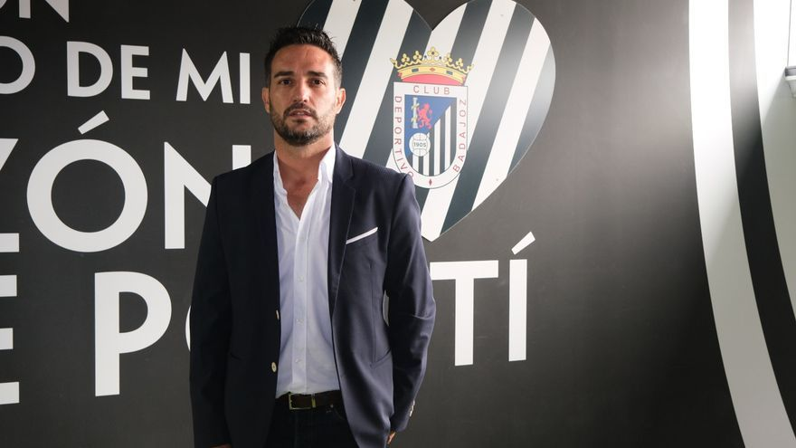 """'Dupi' ya trabaja en el Badajoz: """"Hay mucho talento que descubrir"""""""