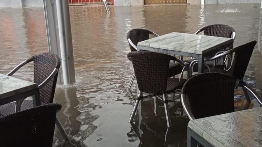 La lluvia provoca varias incidencias en Hinojosa del Duque