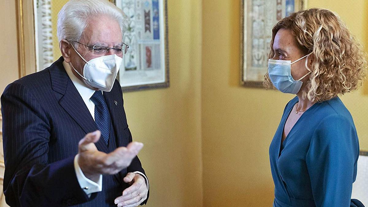 El presidente italiano, Sergio Mattarella, ayer con Meritxell Batet en Roma.