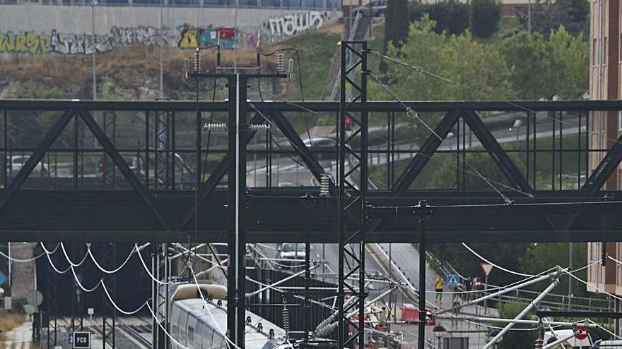 Bloqueados los viajes en tren a Madrid por el retraso de la apertura del AVE a Sanabria