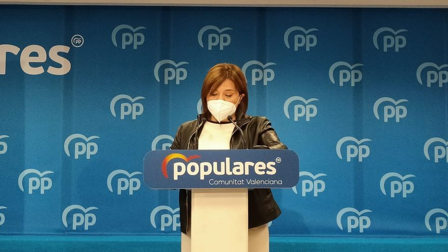 """Isabel Bonig deja el acta """"con pesar"""" y pide perdón por la reprobación de Rita Barberá"""