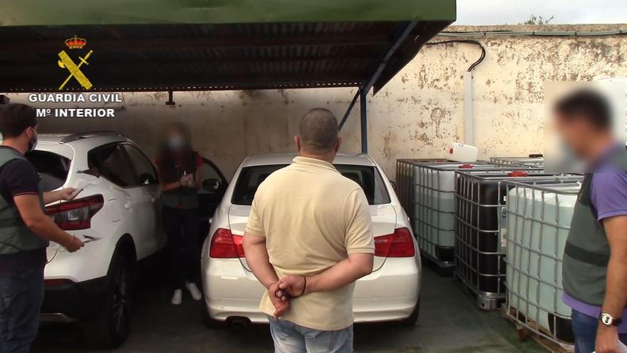 La Guardia Civil registra e interviene pertenencias del presunto asesino de Florina