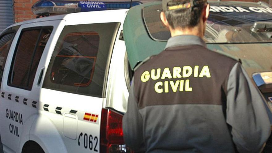 Detenido por apedrear a los clientes de un restaurante de El Puente