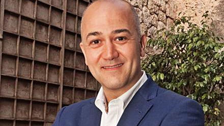 El presidente de la Felib y alcalde de Costitx anuncia que padece la covid