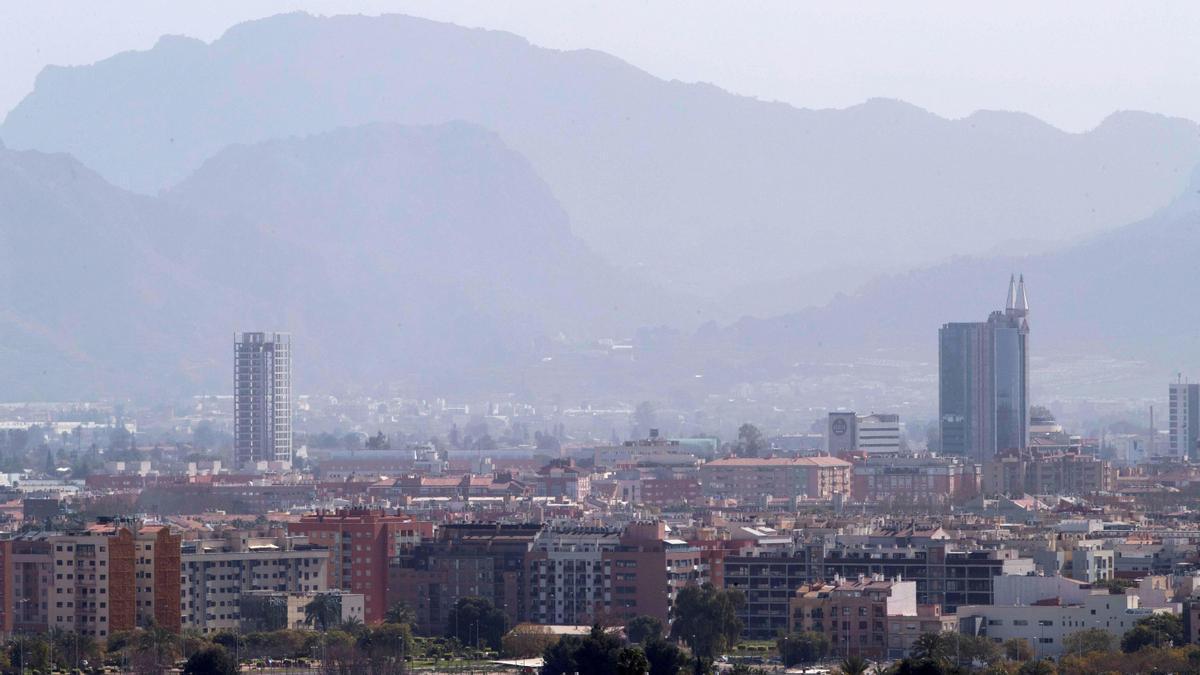 Contaminación atmosférica sobre la ciudad de Murcia