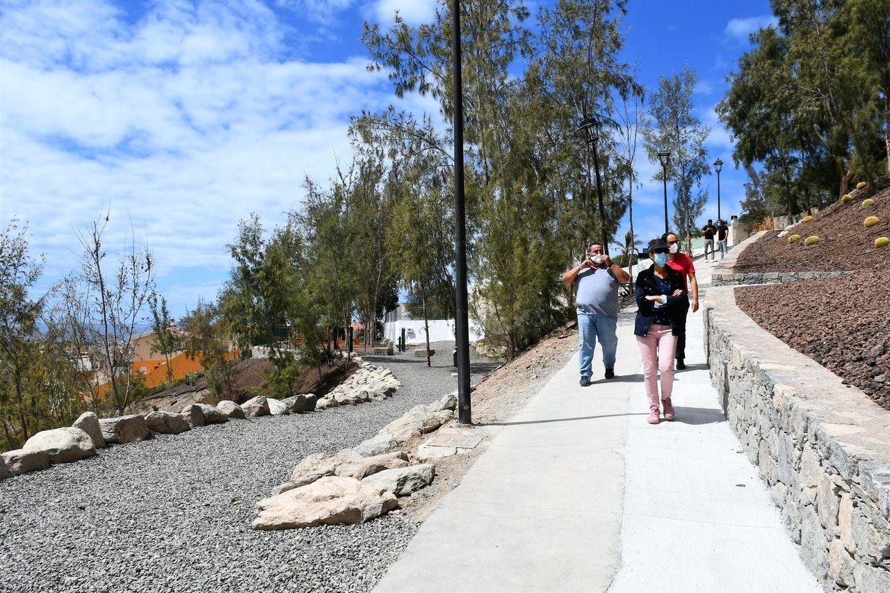 Parque canino y paseo peatonal en Arguineguín