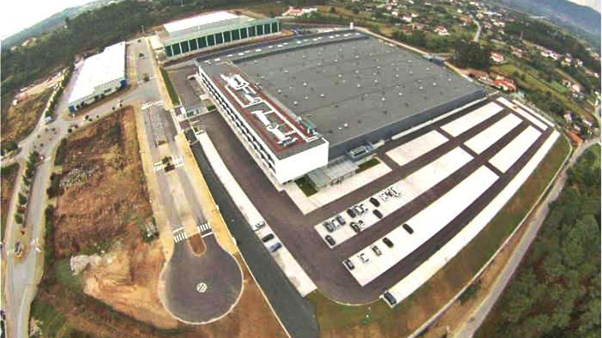 Vista aérea de la planta de la multinacional estadounidense BorgWarner en Lanheses (Viana do Castelo).