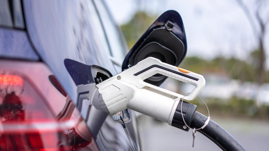 El INE confirma la escalada del IPC de marzo al 1,3%, su mayor alza en casi dos años, por la luz y las gasolinas