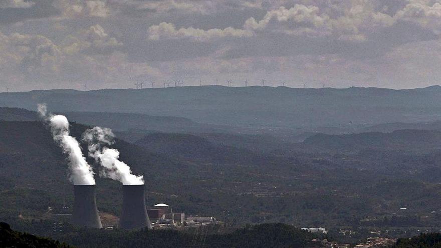El Consell frena la instalación de plantas solares en parajes protegidos del interior