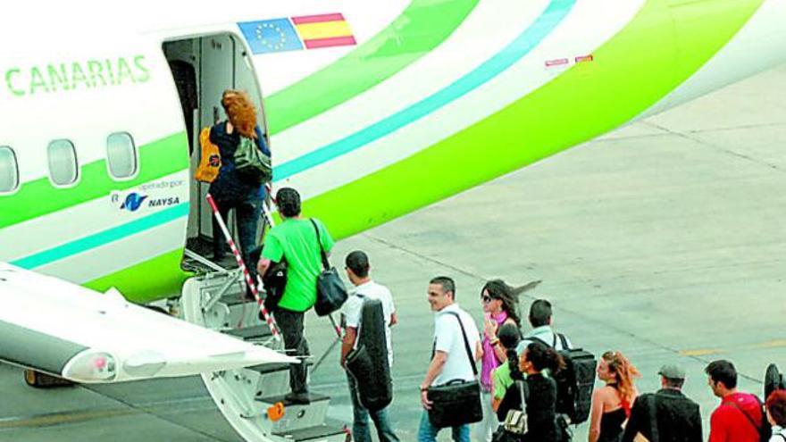 Binter une Canarias con Agadir y Casablanca con  vuelos regulares