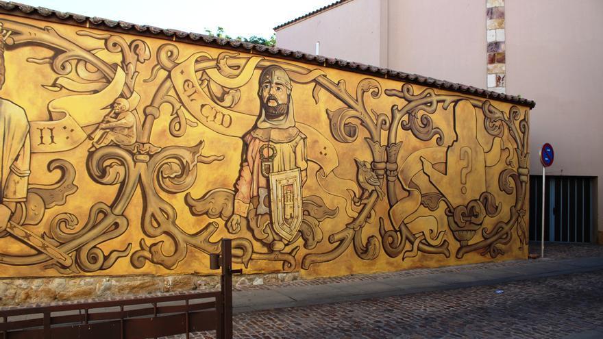 La calle San Martín de Zamora se engalana con un nuevo mural urbano