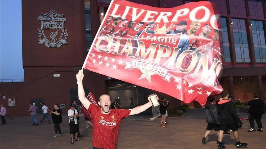El Liverpool conquista la Liga de los 30 años