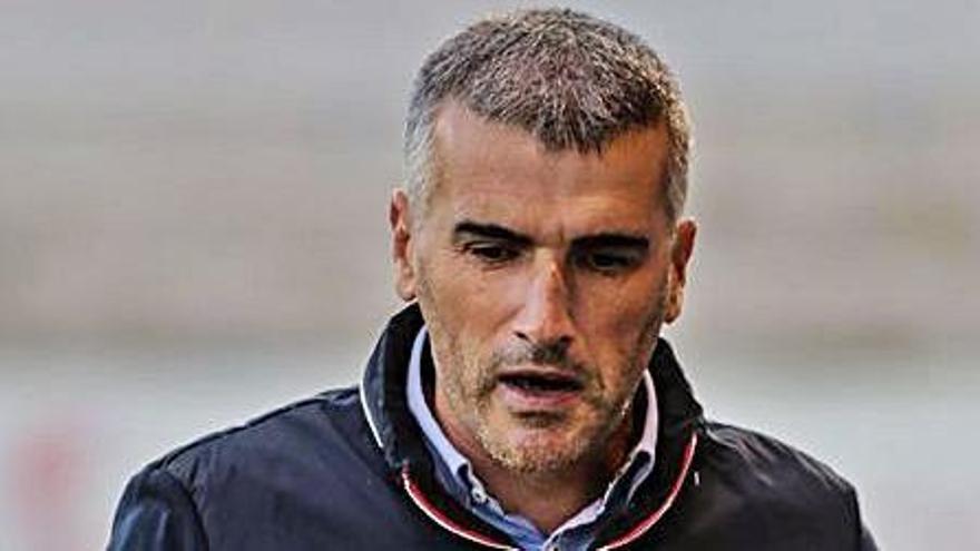 El técnico alcoyanista Vicente Parras.