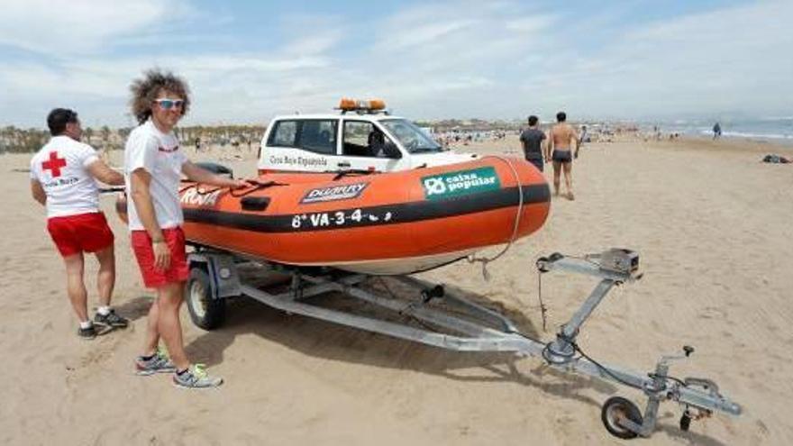 València inicia la temporada de playas  con la novedad de un canal para natación
