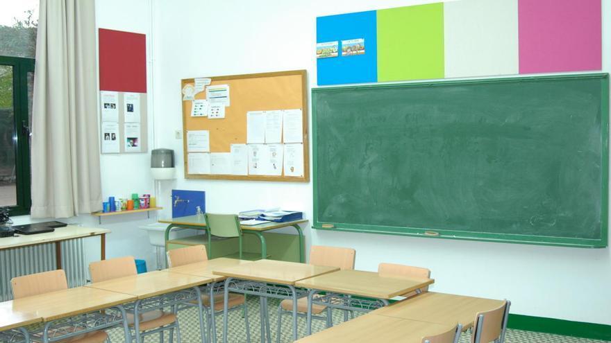 25 escoles de primària gironines esperen un professor substitut