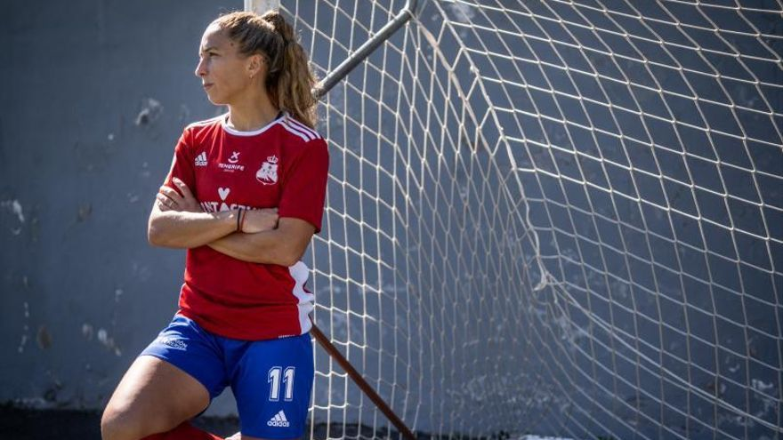 """""""El fútbol femenino ha dado un cambio brutal; ha venido para quedarse"""""""