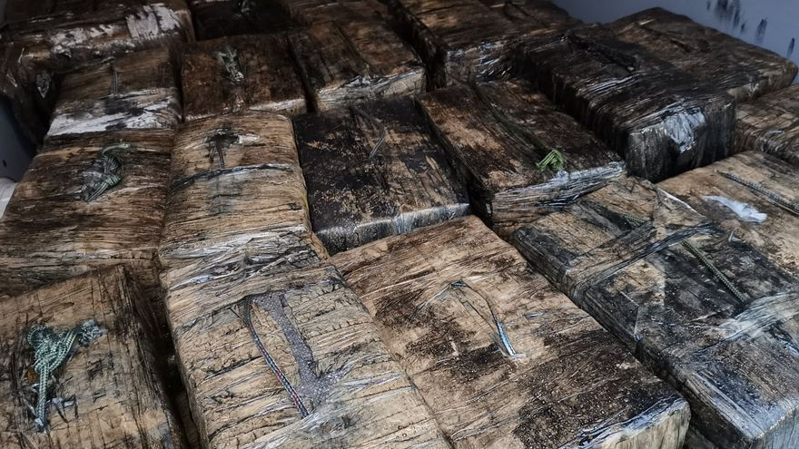 Y la droga salió a flote en Galicia: un año del único narcosubmarino apresado en Europa