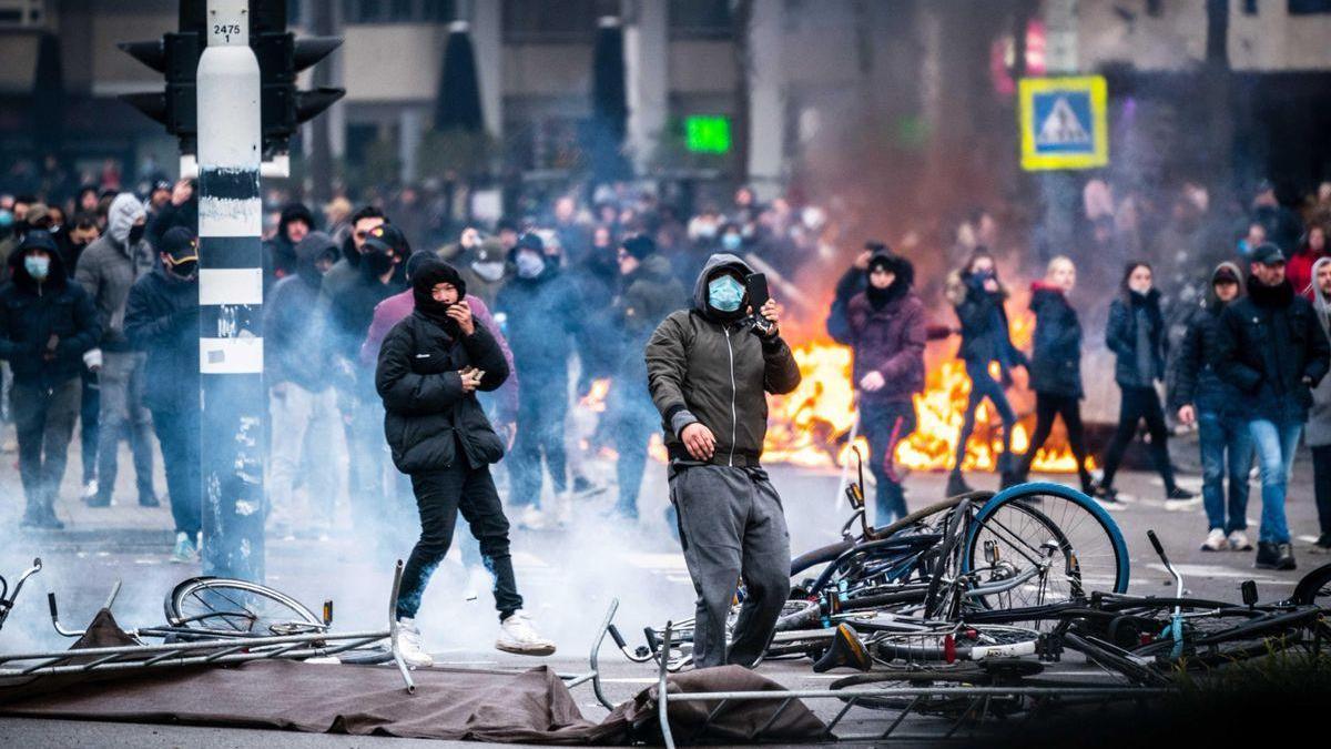 La Justicia holandesa anula el toque de queda por entender que el Gobierno se extralimitó