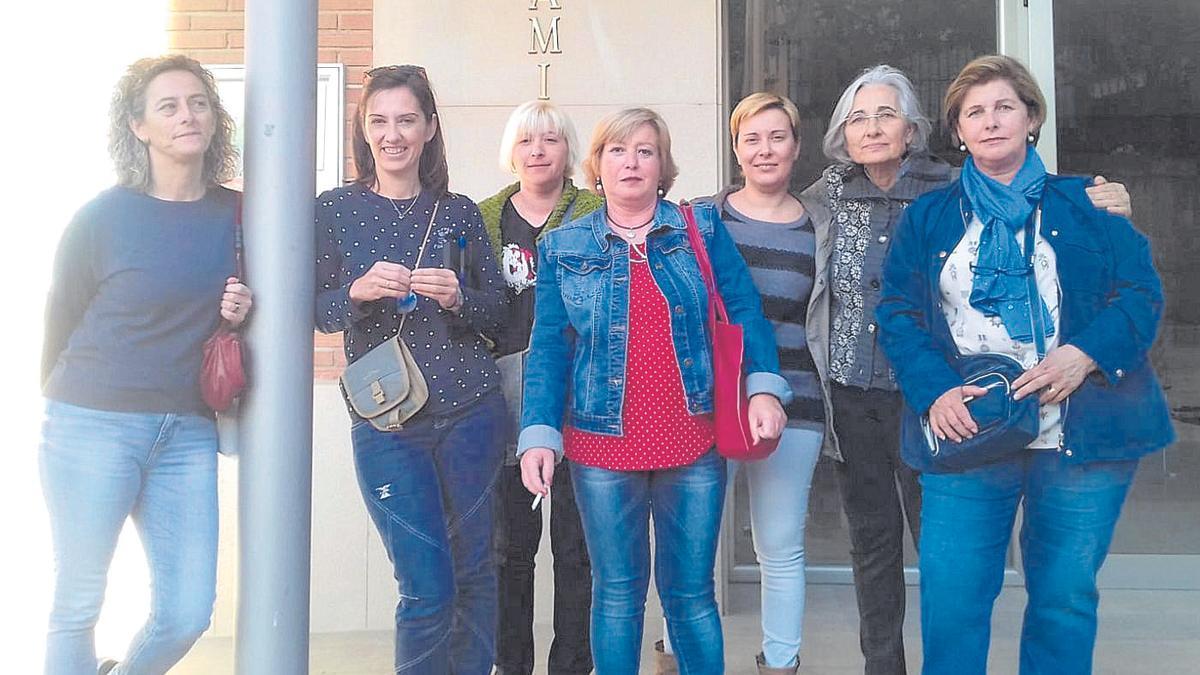 Las siete féminas que cambiaron el municipio oscense con Mujeres Por el Municipio de Angüés (MPMA).