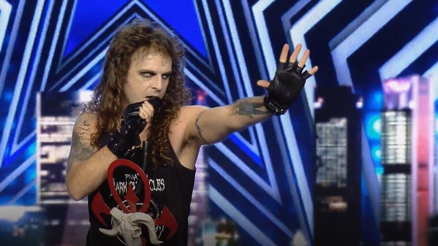 """Un alicantino sorprende a Edurne en 'Got Talent' con una versión heavy metal de """"Amanecer"""""""