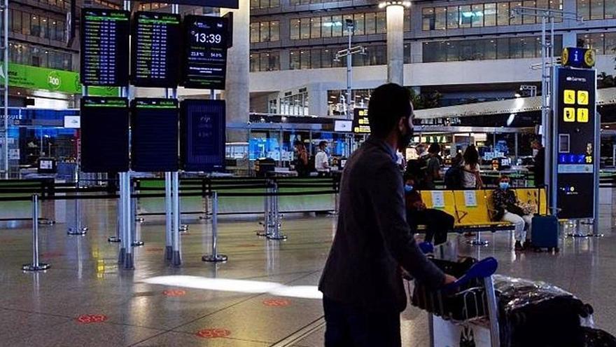 Hoteleros piden atraer a las aerolíneas para que Málaga recupere vuelos