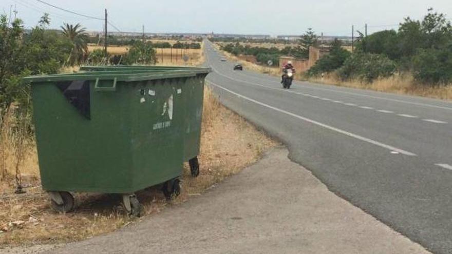 Convocan una huelga indefinida de recogida de basuras en la comarca del Pla