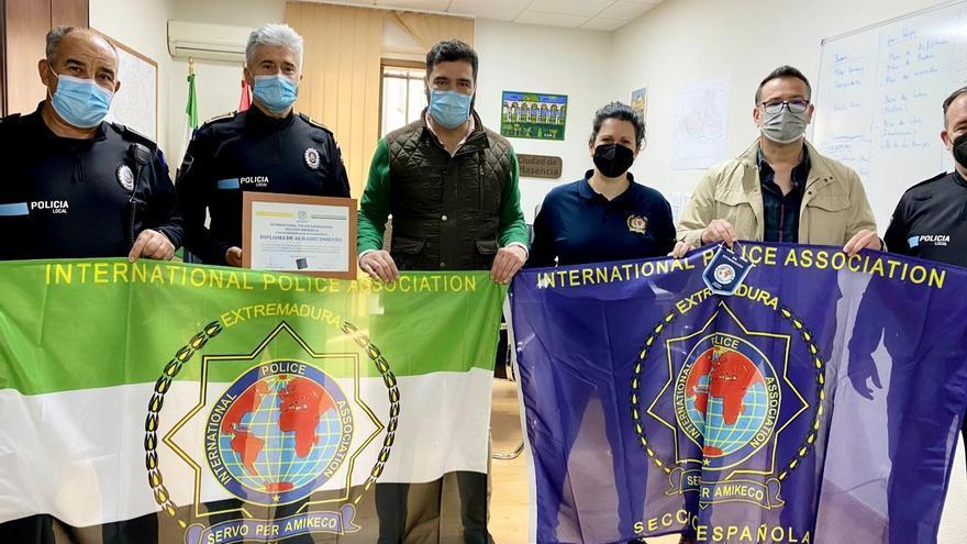 La Policía Local de Plasencia se une a un maratón policial de donación de sangre